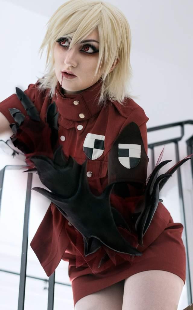 Seras victoria cosplay