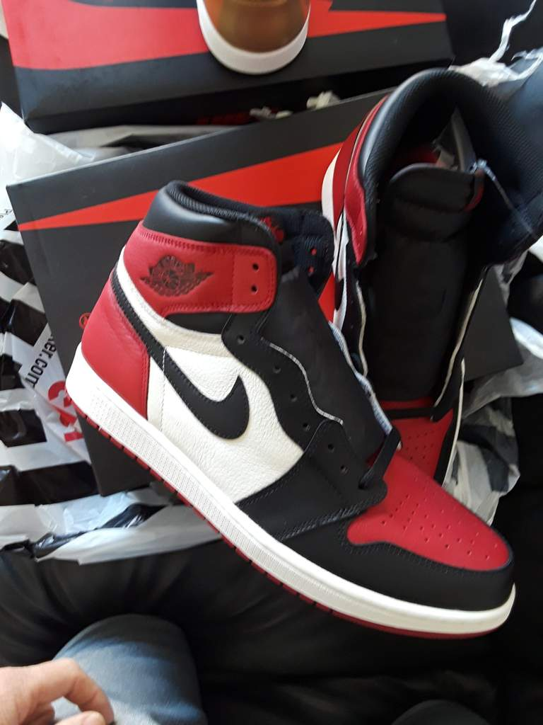 buy popular e65c8 4fe84 Limited! ...Review time and rant: Air Jordan 1