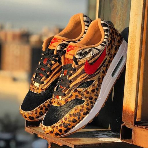 LETSGETTO1000 | Sneakerheads Amino