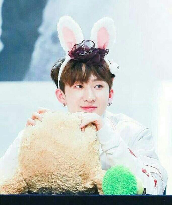 changbin wiki stray kids amino