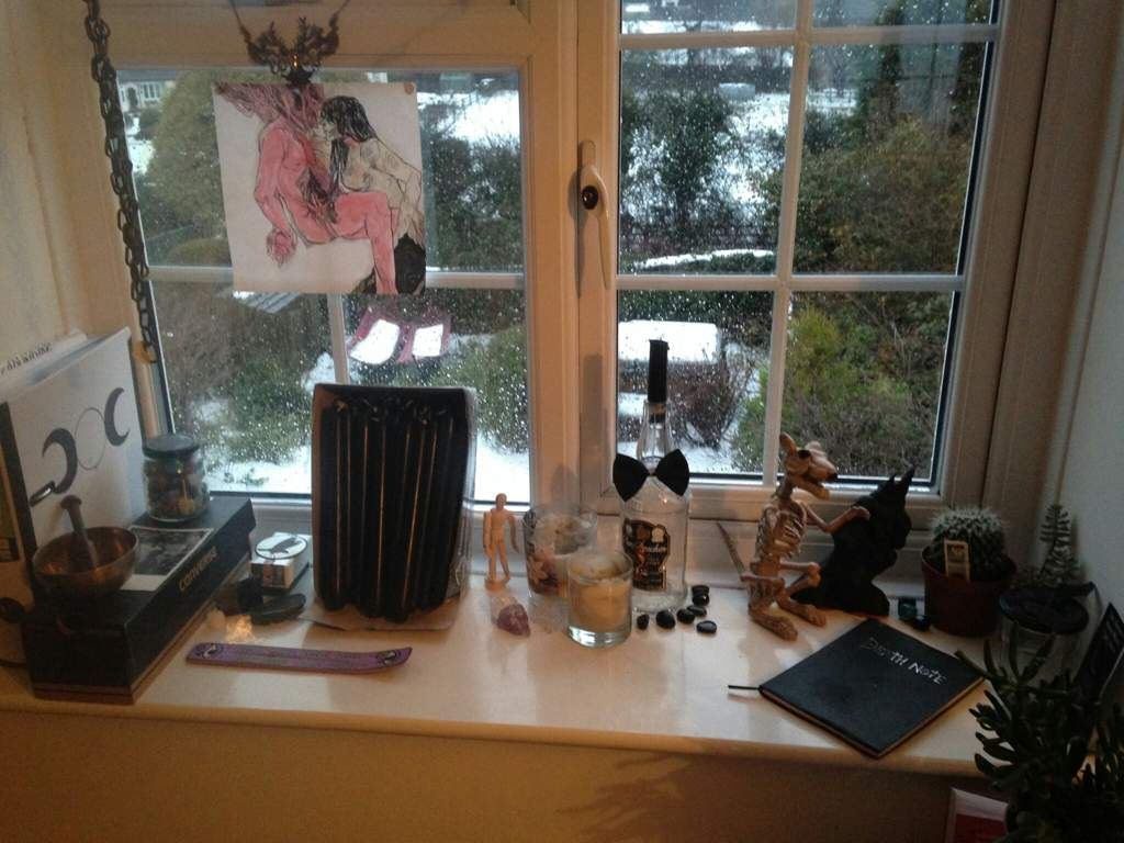 Squeaky Clean Altar | Pagans & Witches Amino
