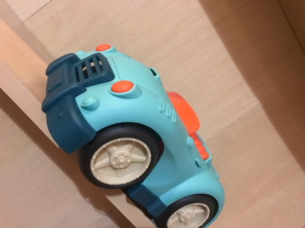 toy cars and trucks. There\u0027s So Much Fun When You\u0027re U Play With These Toys. No Age Limit. Hesitation, You Touch One And Your Filled Wonder Of The Toy Cars Trucks O