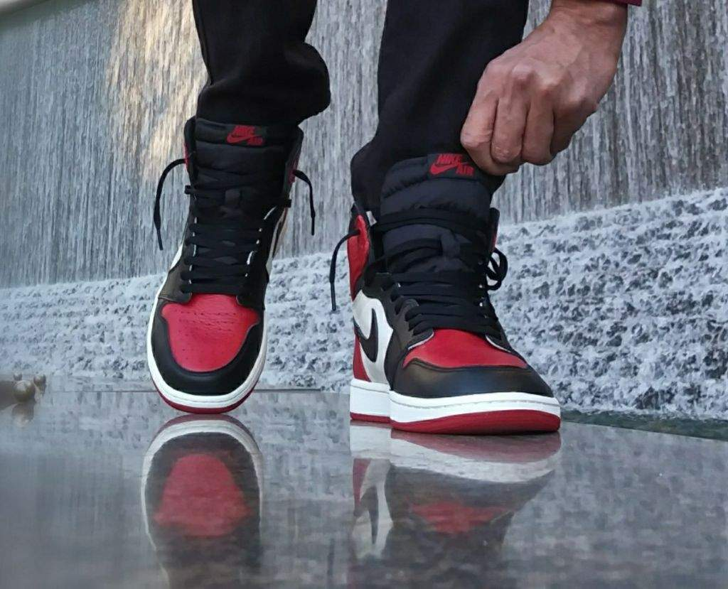 outlet store b6c22 579f2 MJMonday :Bred Toe 1s | Sneakerheads Amino