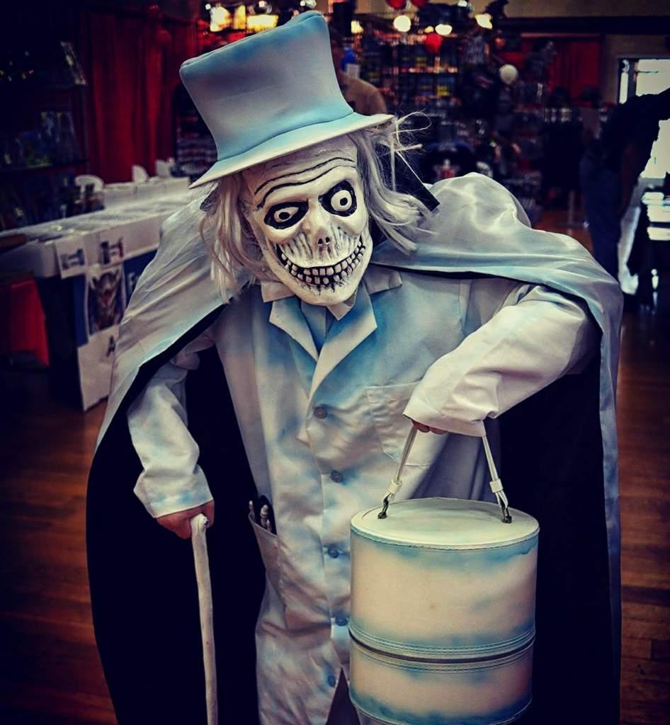 Hatbox Ghost. Jim Bob March 15 & Hatbox Ghost | Cosplay Amino