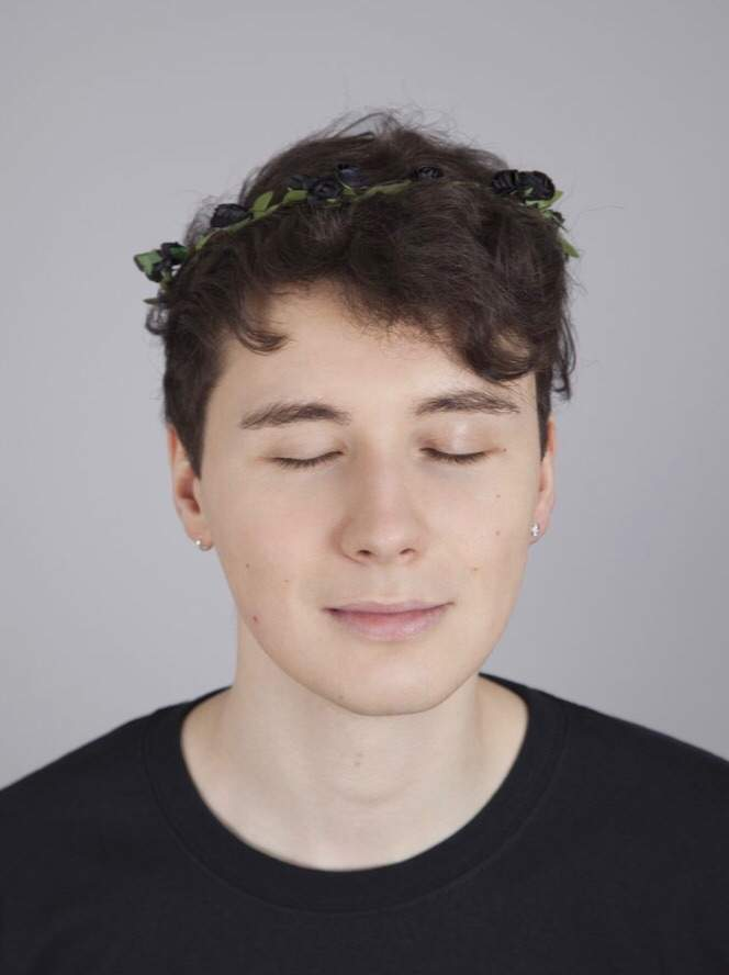 ce9f9c67a4d0c https   shop.danielhowell.com products black-flower-crown)