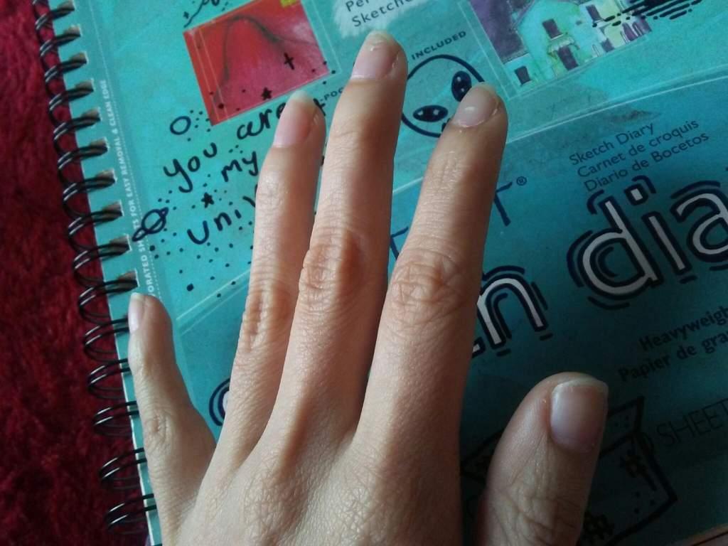 I love my nails 💅❤ | Girls Amino 💚 Amino