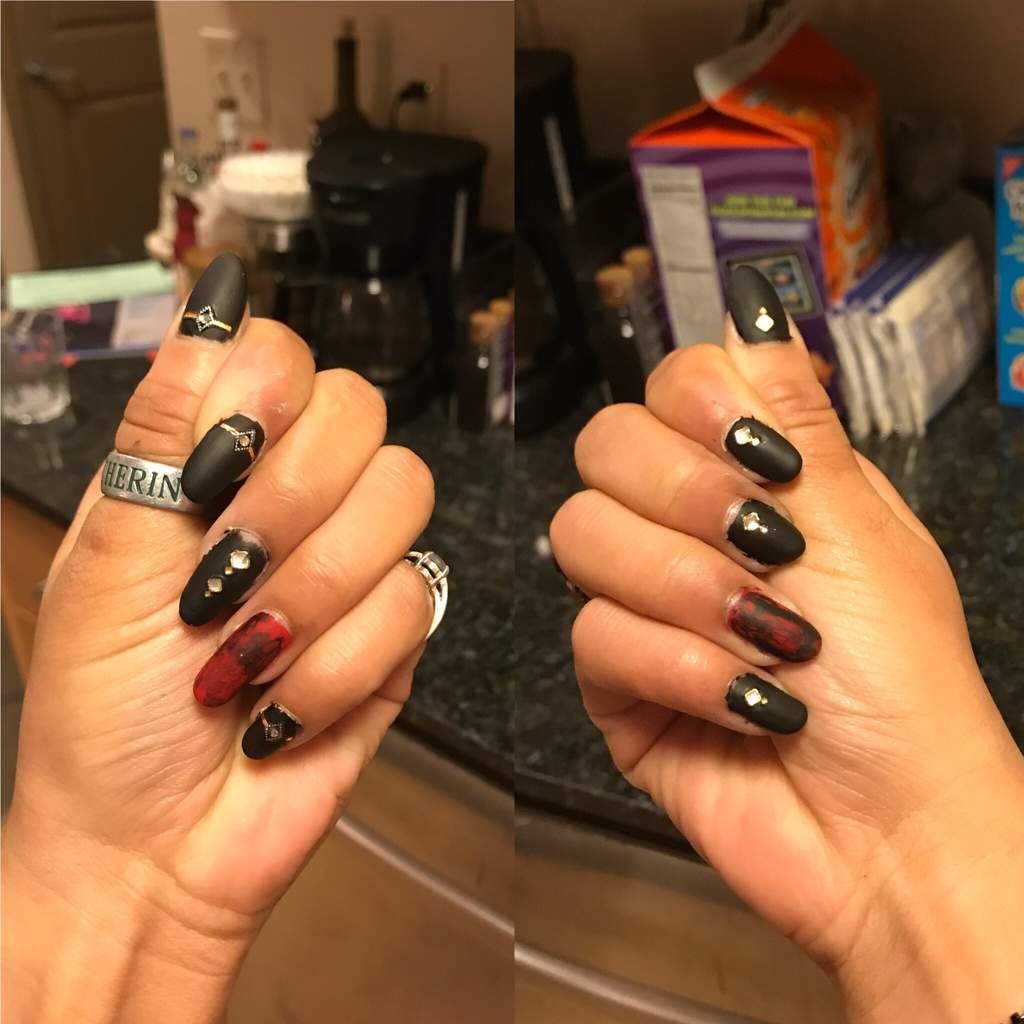 There\'s Nothing Wrong with Artistic Edge   Nail Art Amino