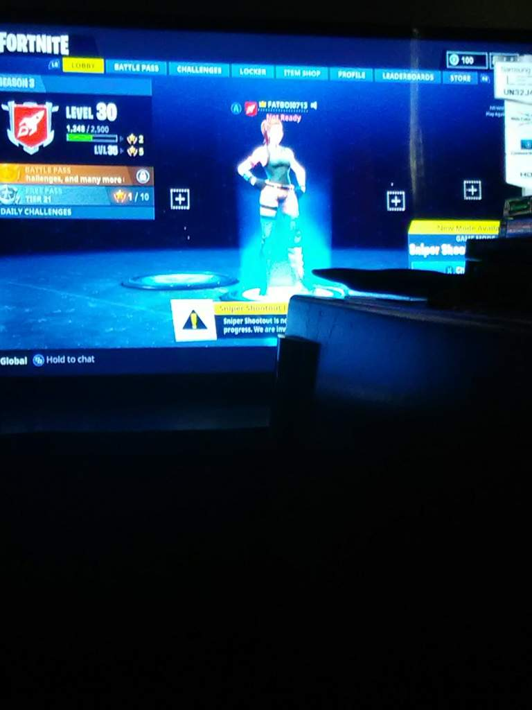 Anyone wanna play fortnite on Xbox one add me fatboi0713 mic or no