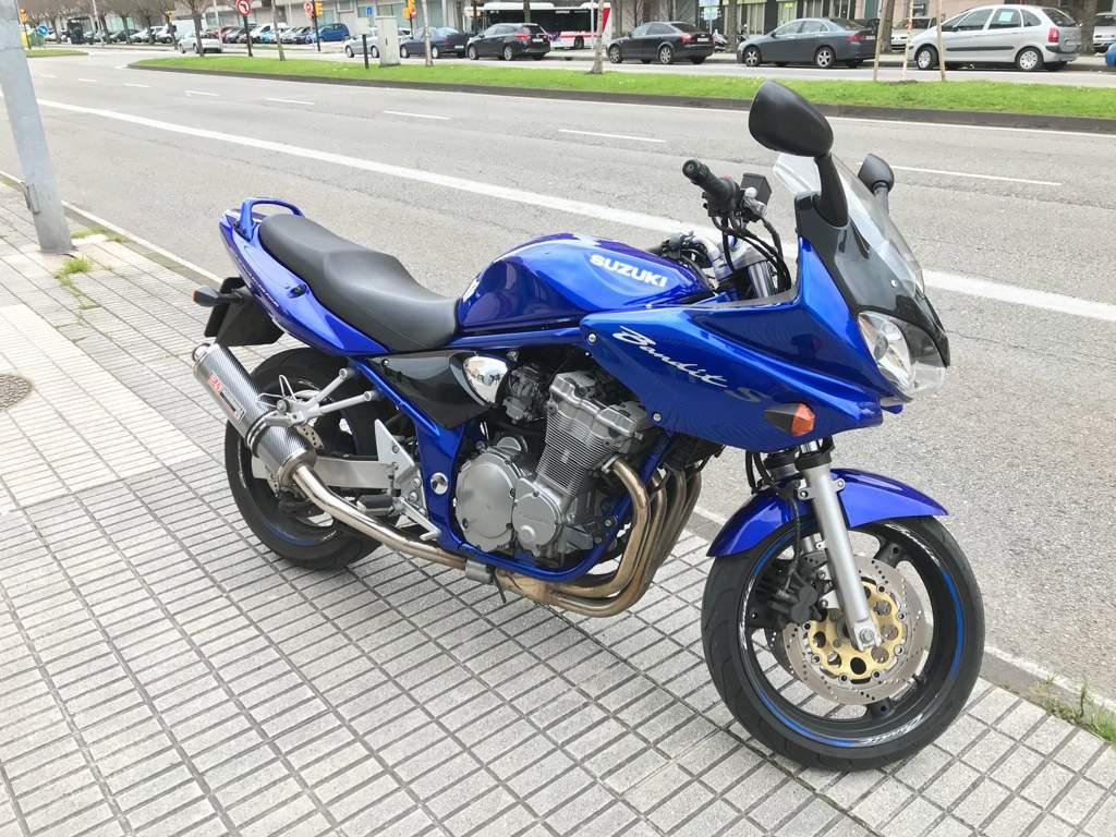 2002 Suzuki GSF 600 S Bandit - Moto.ZombDrive.COM