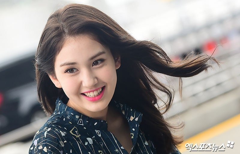 Jeon Somi Shows Off Her Gorgeous New Haircut Kpop Girl Groups Amino