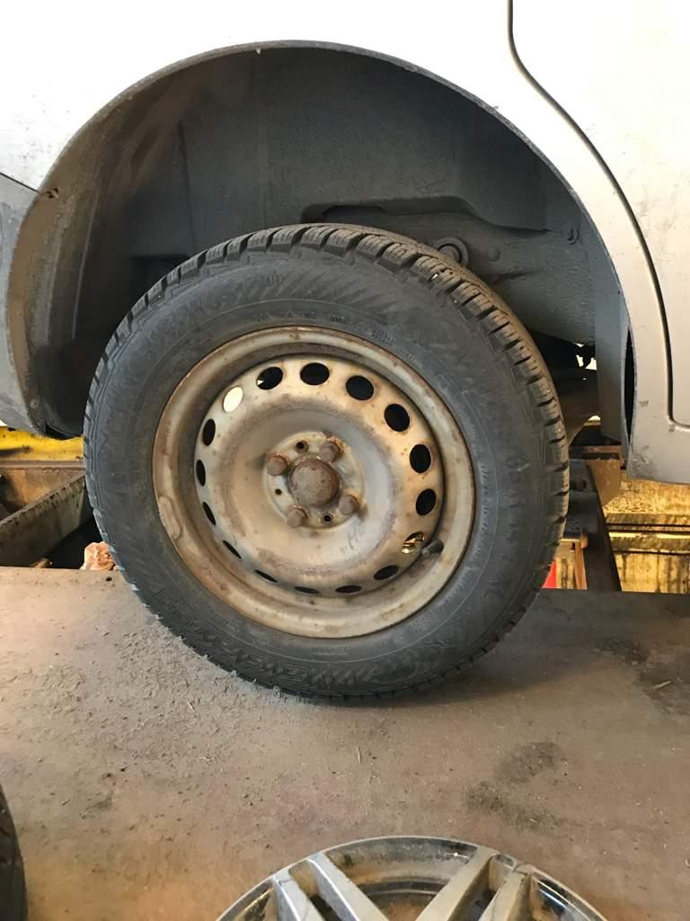 Tire Change 5w Install Garage Amino