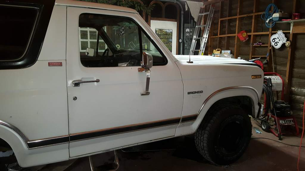 Selling my truck | Furry Amino