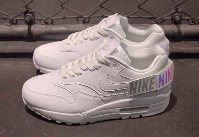 5667e517a05f Nike Air Max 1-100