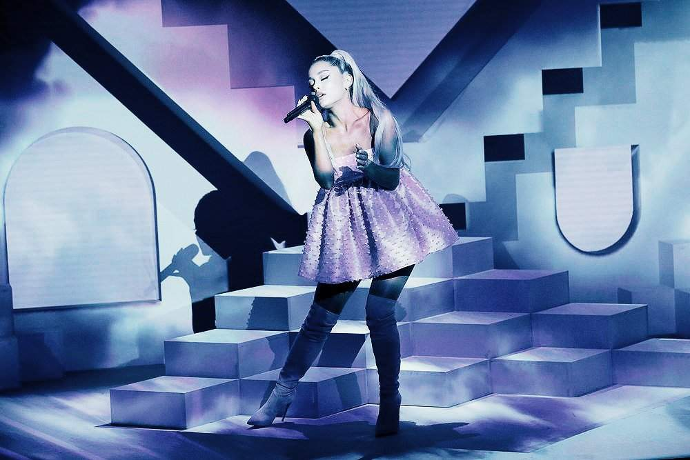 "Ariana Grande's 4th studio album ""Sweetener"" | Ariana ..."