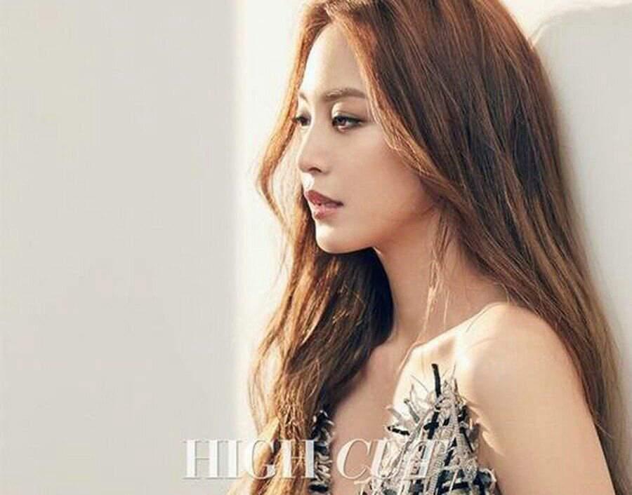 Han Ye Seul | K-POP ROMÂNIA