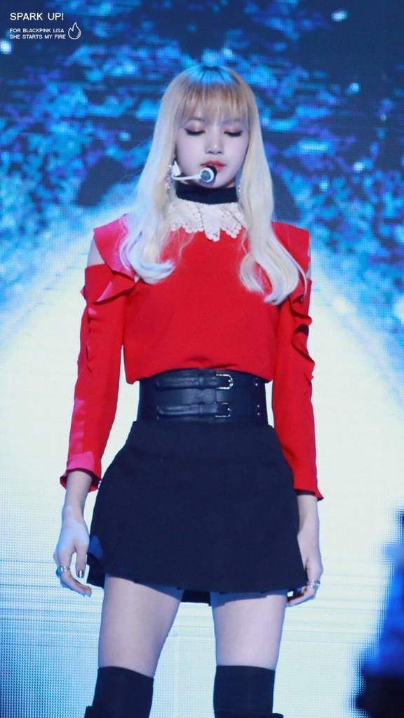 Stage Outfits Lisa Shocked Fans With Lalisa Manoban Amino