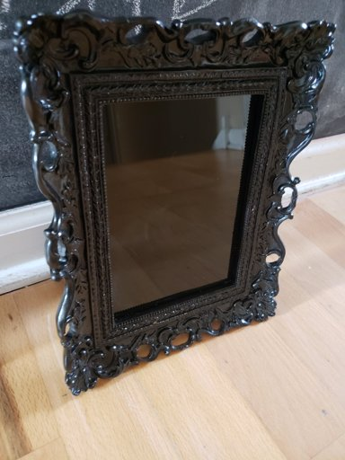 Diy Scrying Mirror Wiki Pagans Witches Amino