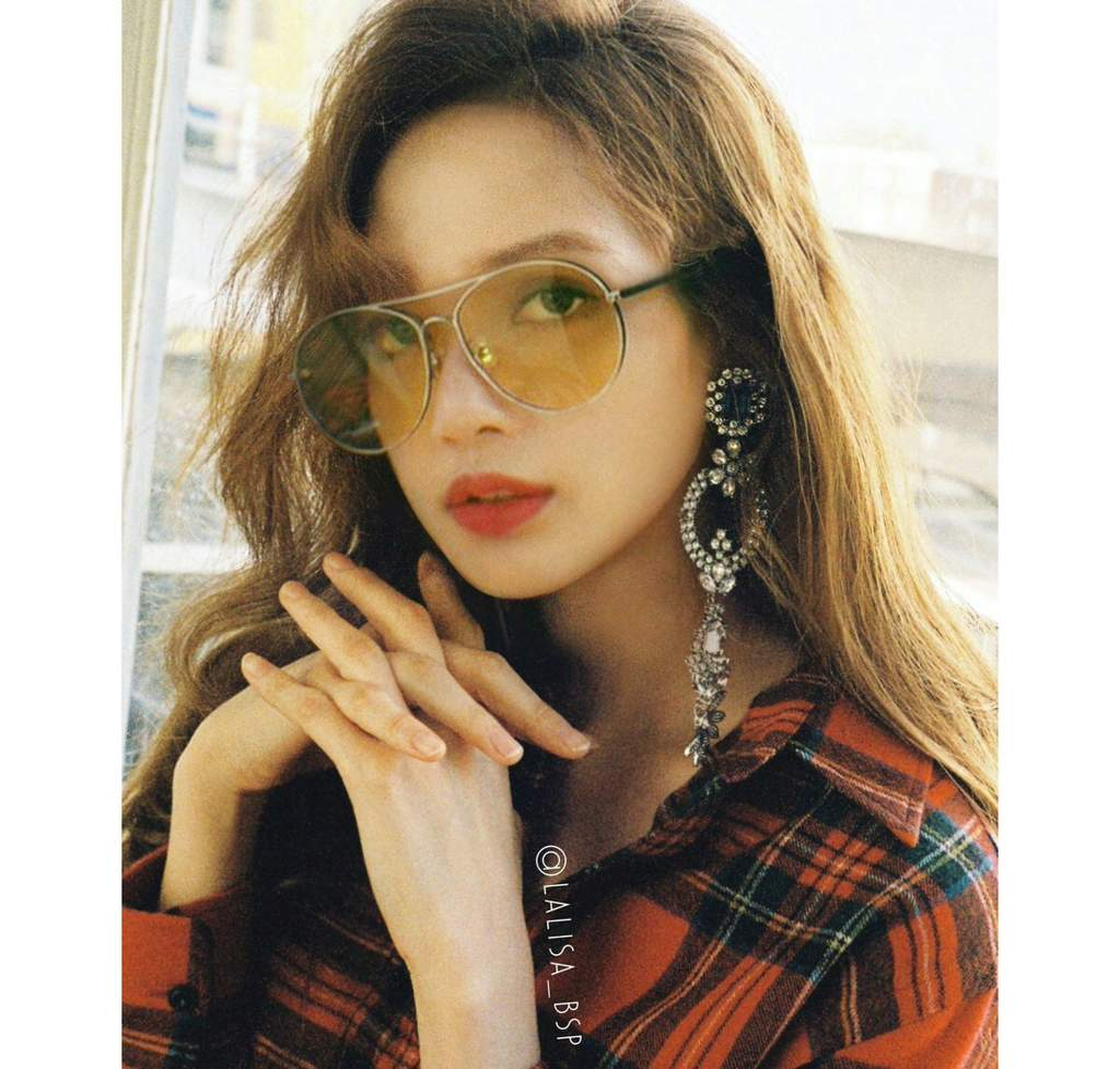 4b97e835a8a 30 Day Bias Challenge  Day 1  Bias Lisa in sunglasses is DOPE ...