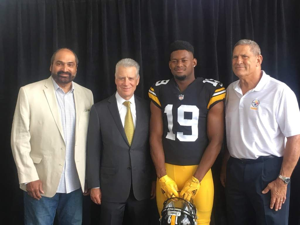 59b645f63 The Pittsburgh Steelers revealed that their new jerseys will be a throwback  to the 1978 and 1979 seasons when they won the Super Bowl.