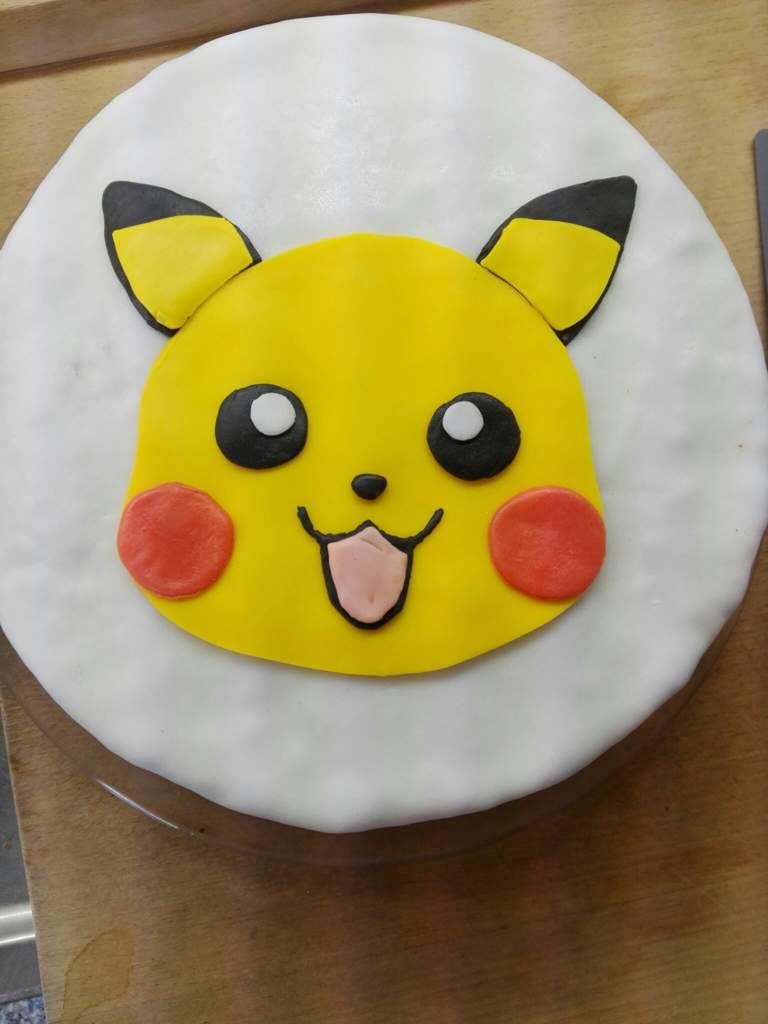 Pikachu Torte German Anime Amino