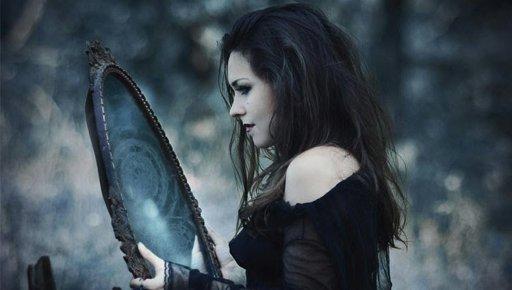 Resultado de imagem para como seria A bruxa de Chesterville