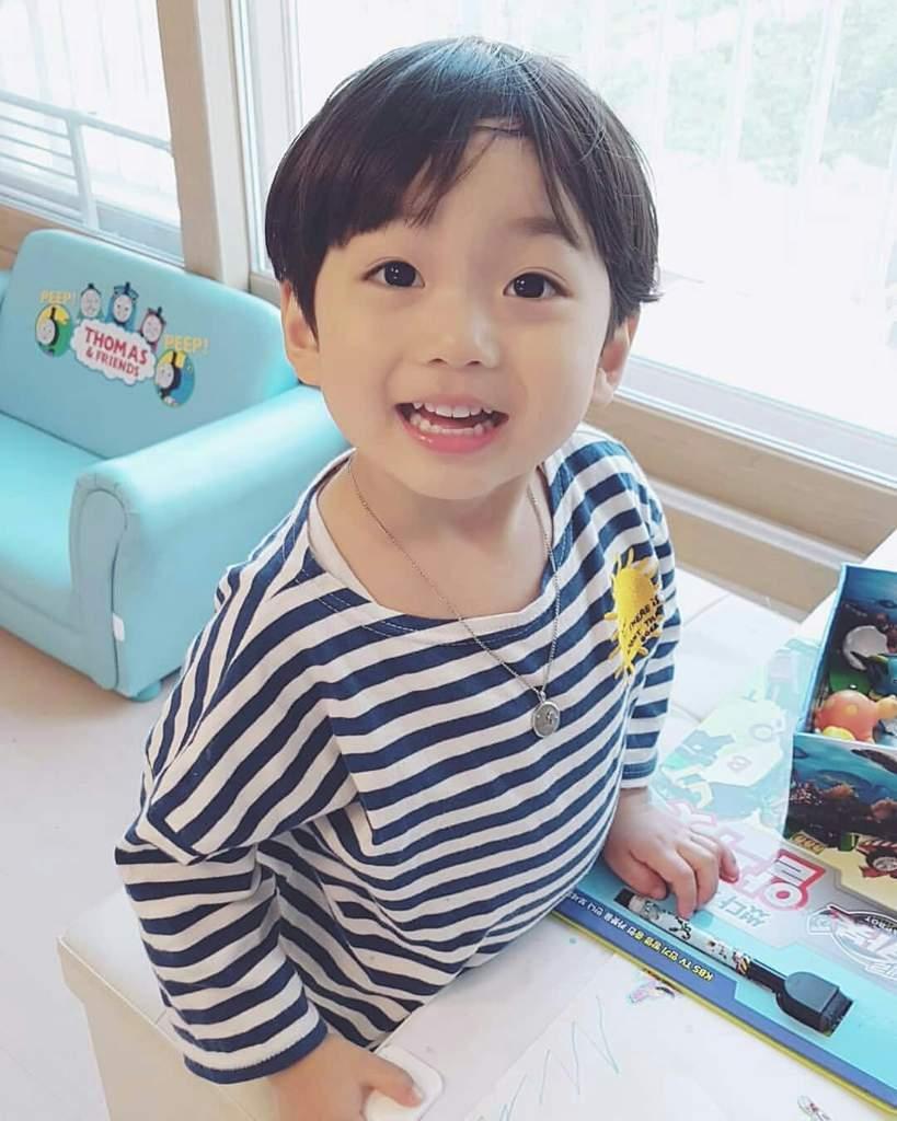 Baby Jungkook | ARMY's Amino
