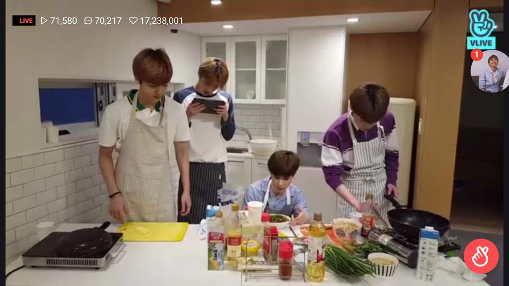 Jungwoo cooking an uwu thread | NCT (엔시티) Amino