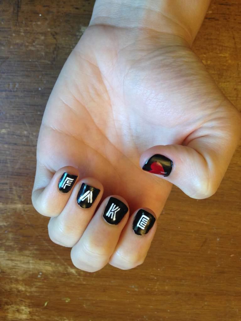 Fake Love Nail Art Army Amino