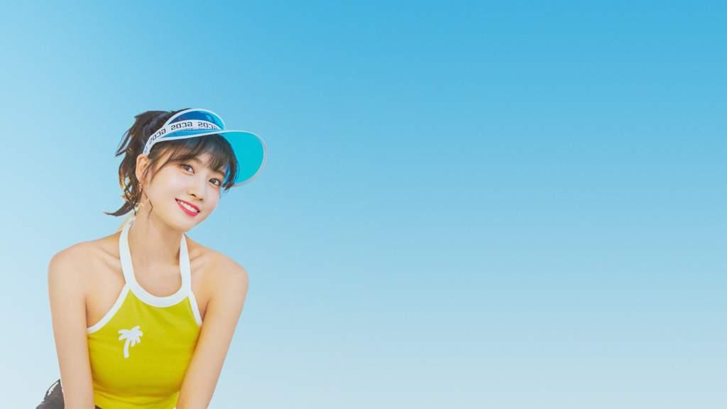 Momo Dtna Hd Wallpapers Twice 트와이스 ㅤ Amino