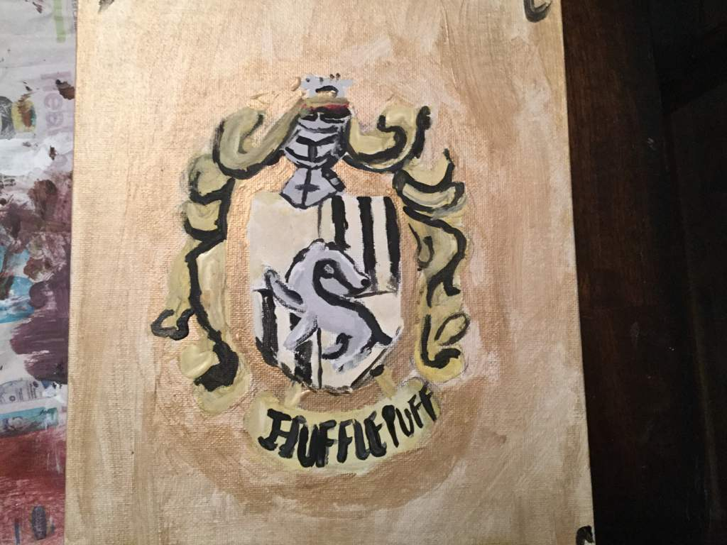 Hufflepuff And Hogwarts Crest