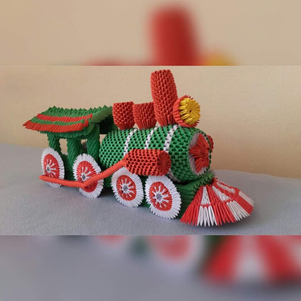 3d Origami Train