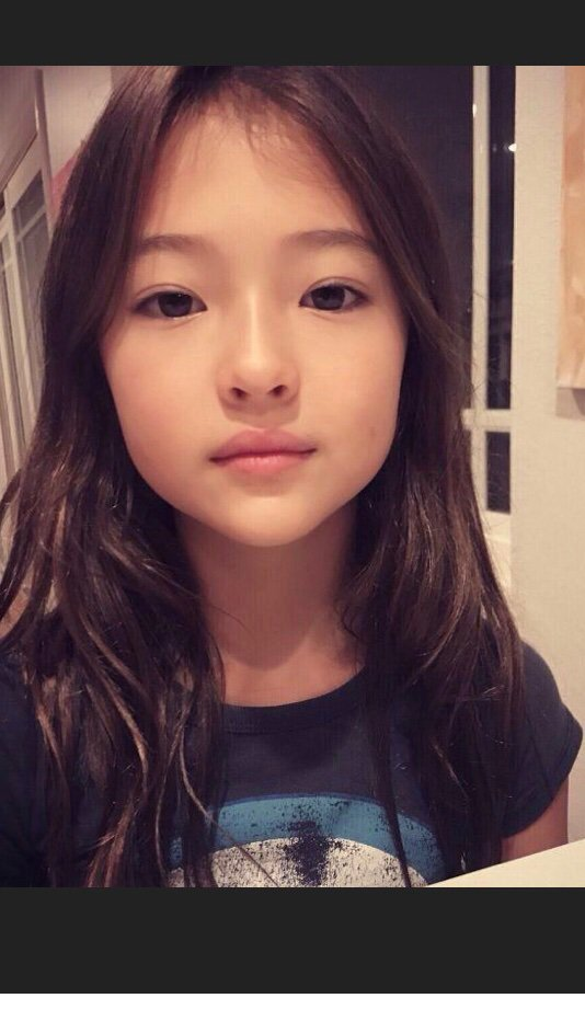 Ella Gross | Wiki | K-Pop Amino