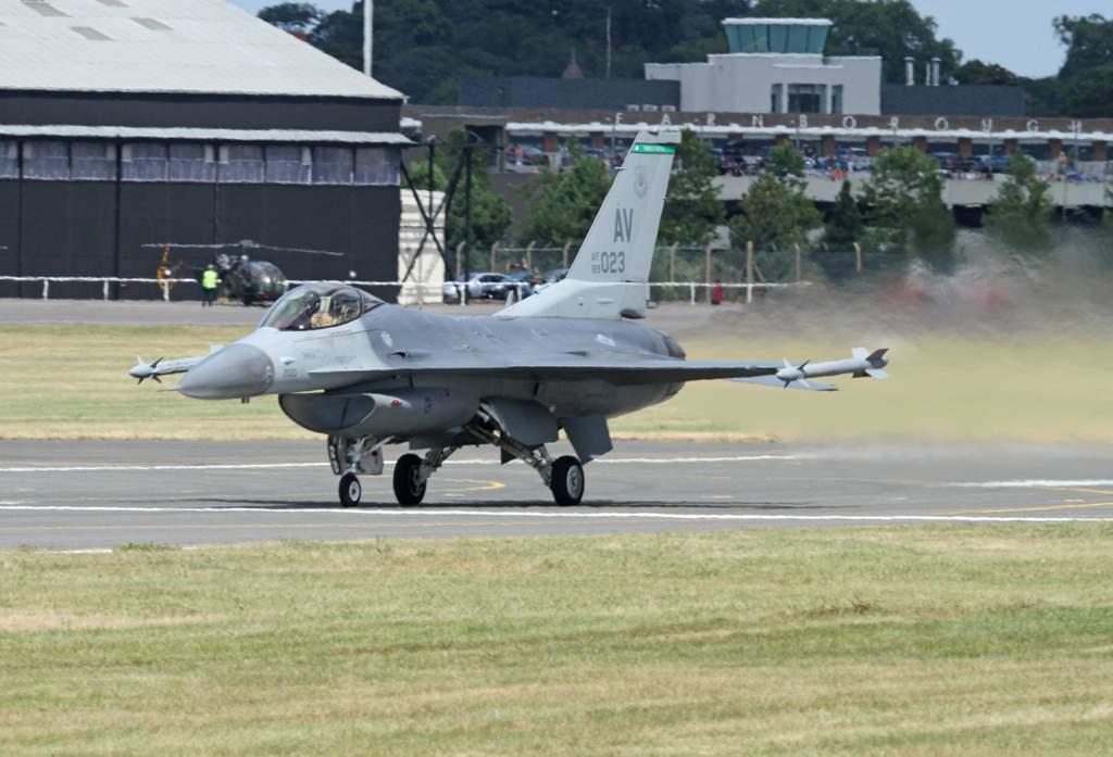 General Dynamics F-16 Fighting Falcon | Wiki | Warfare