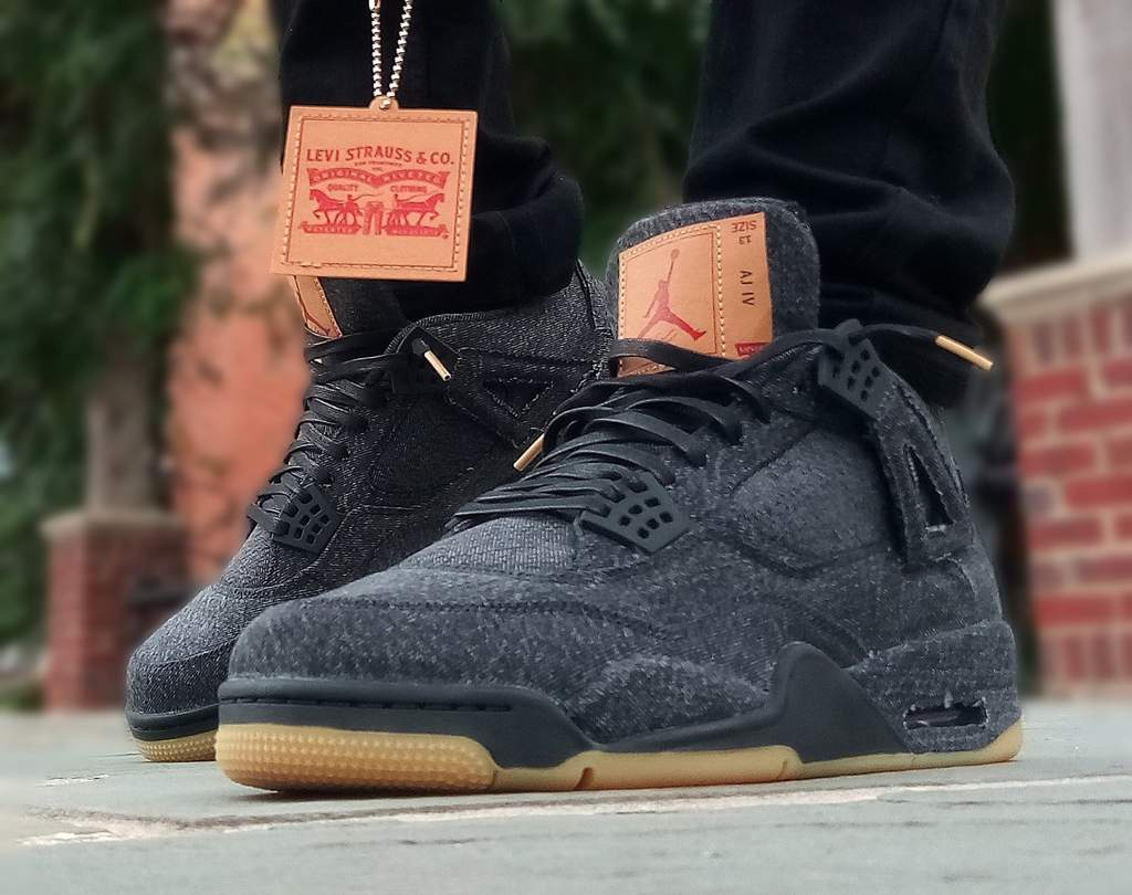 brand new 28bae 267a7 MJMonday : Levi's Black denim 4s | Sneakerheads Amino
