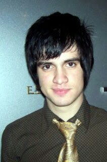 First of all, may I apologize for the title if it's a bit off. Now: Time for the most important part of this essay. Brendon Urie's old haircut.
