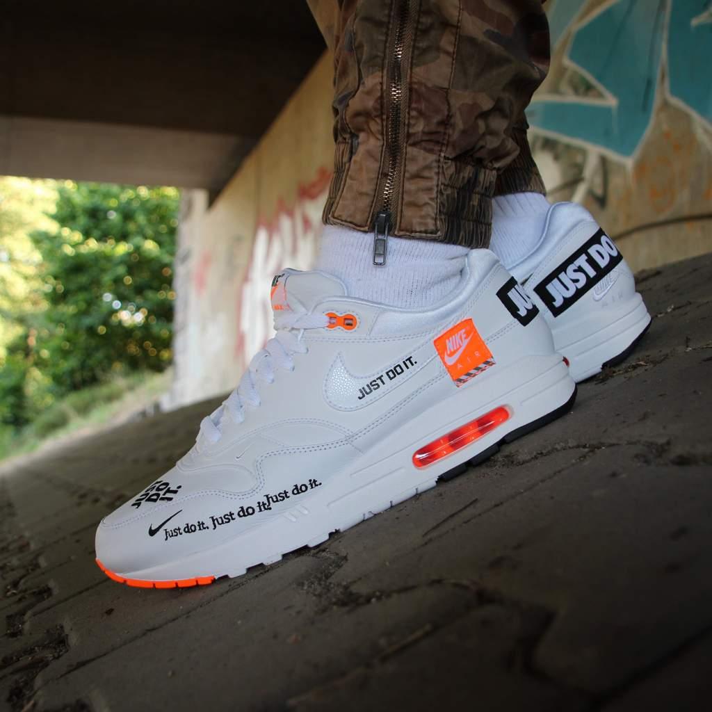 8cdbdf611f53 Nike Air Max Just Do It