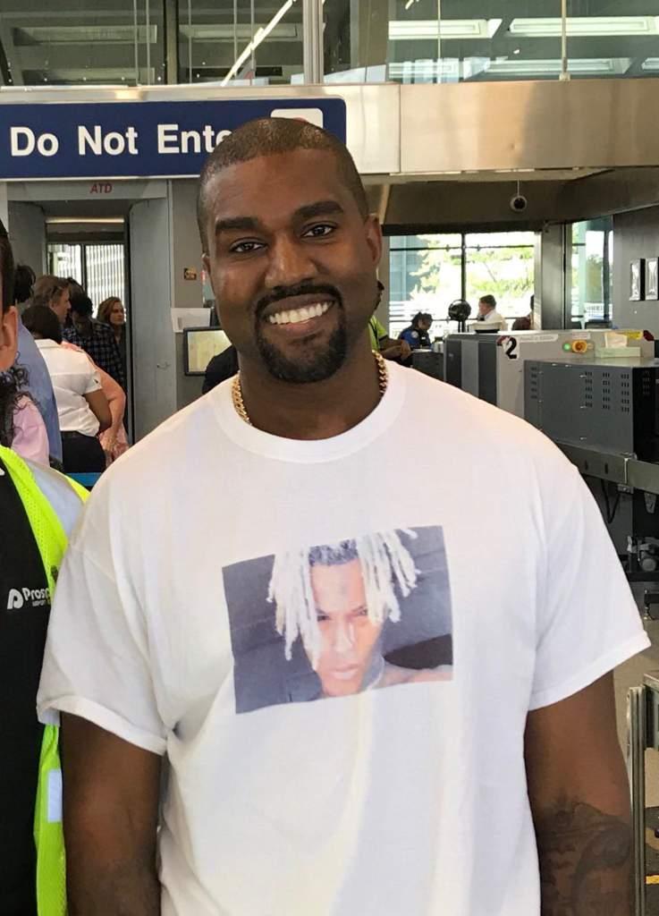 Kanye Rocking A Xxxtentacion Shirt | Hip-Hop Amino