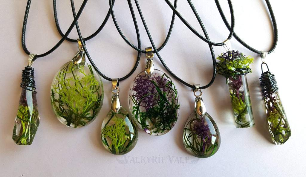 Moss Terrarium Necklaces Art Amino