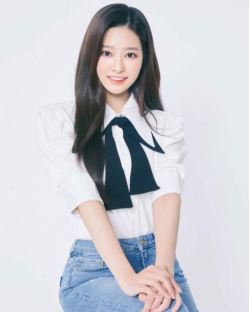 Minjoo,chaewon and chaeyeon(izone)   K-Pop Amino