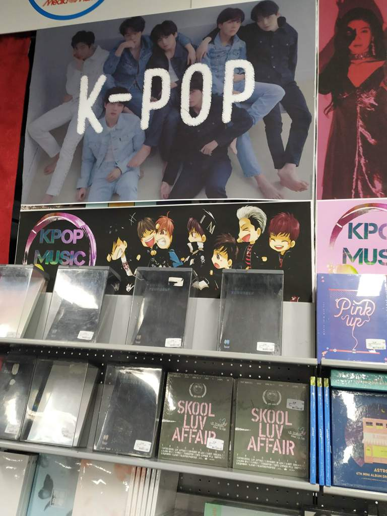 BTS albums in Amsterdam! Store experience & review