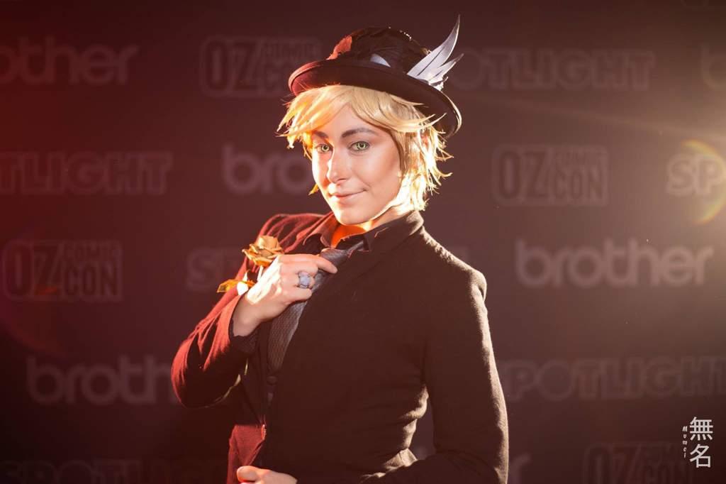 Adrien Agreste , Style Queen