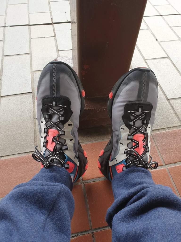 5d013ff25b5a Nike Sportswear React Element 87 - Black  cool grey  blue chill  solar red light  bone. hard NUT October 15