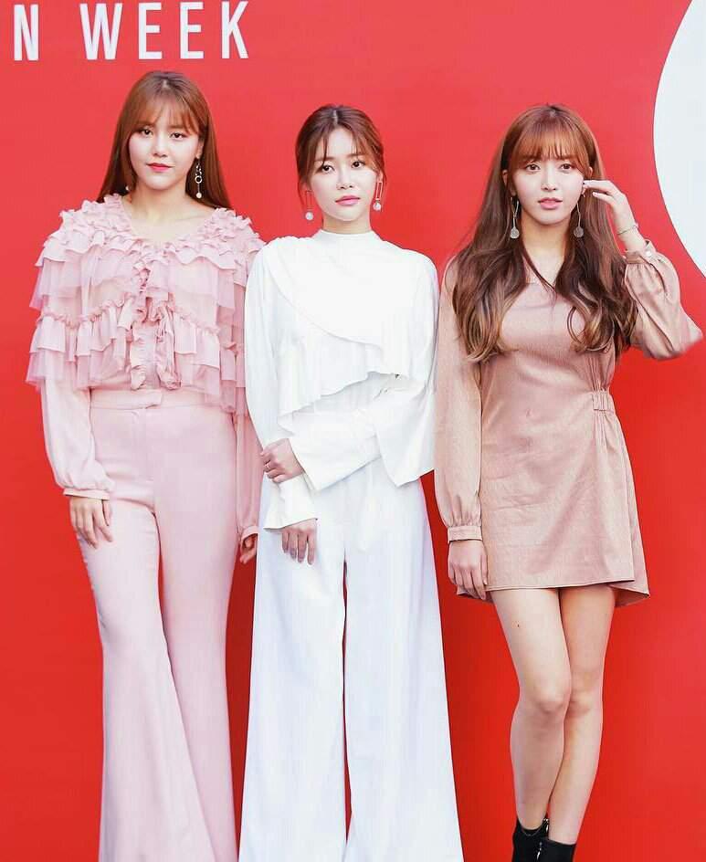 Korean Fashion Week 2019 | Ace Of Angels Amino