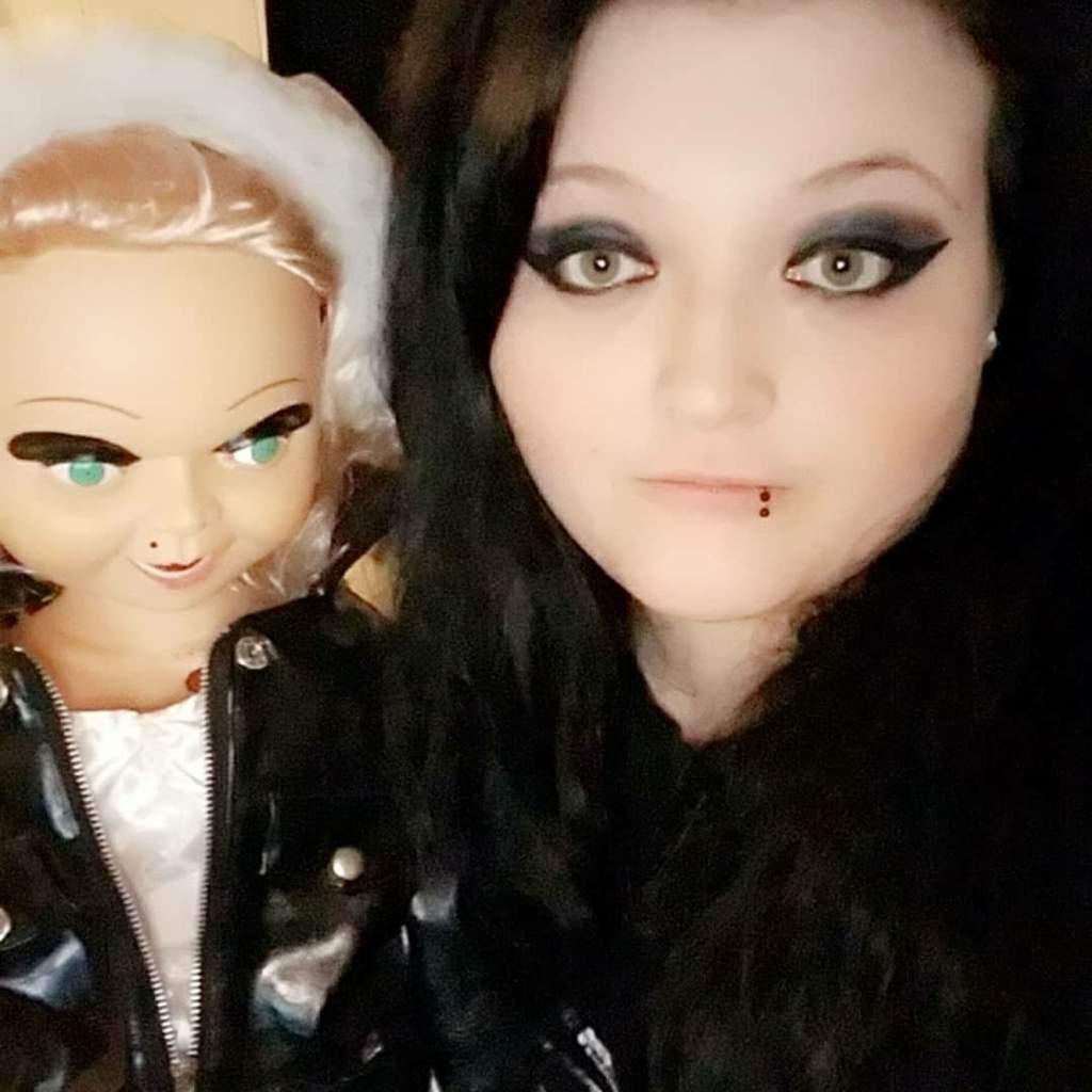 my chucky and tiffany dolls horror amino