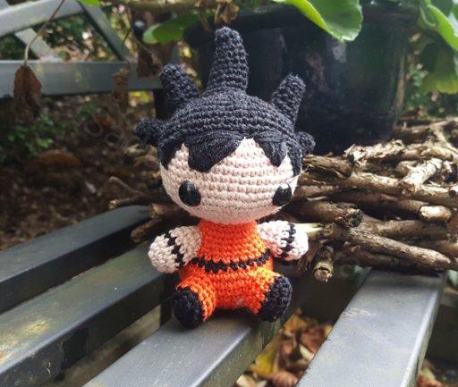 Goku (Crochet) by SirPurlGrey on DeviantArt | 433x512