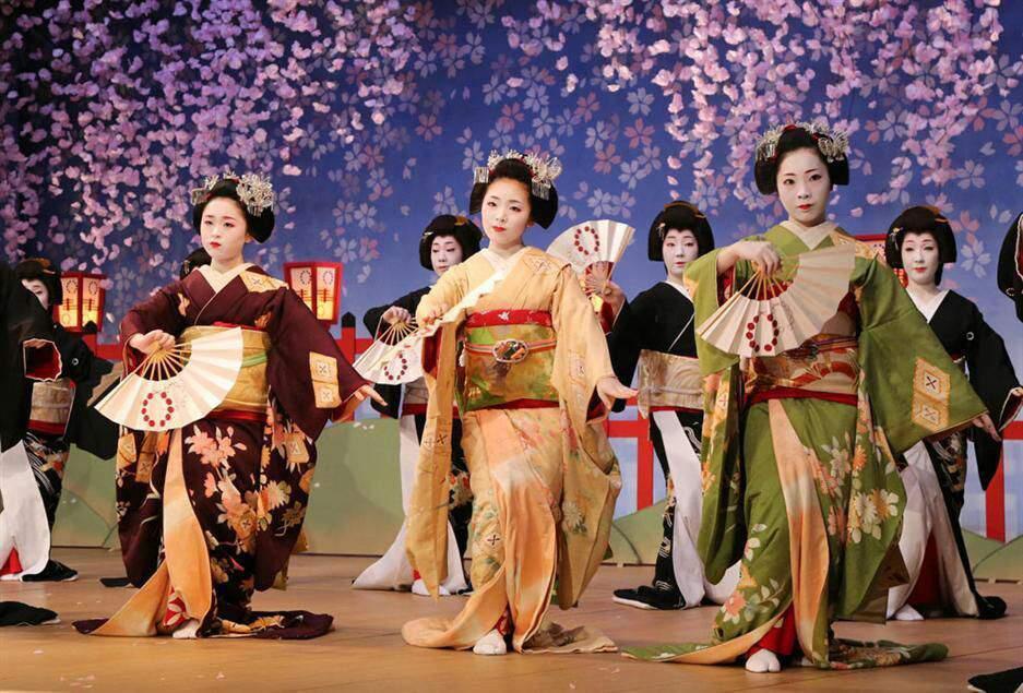 японский танец в картинках чертой поселка хосты