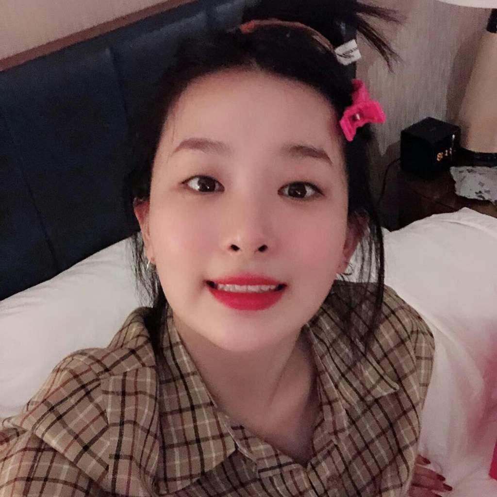 20 Red Velvet Instagram Update from Seulgi   Red Velvet Amino