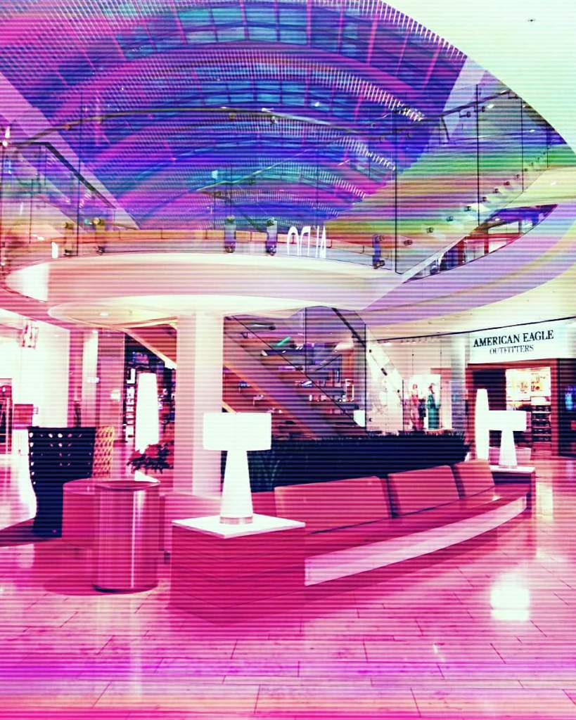 Welcome to the mall  | Vaporwave Amino