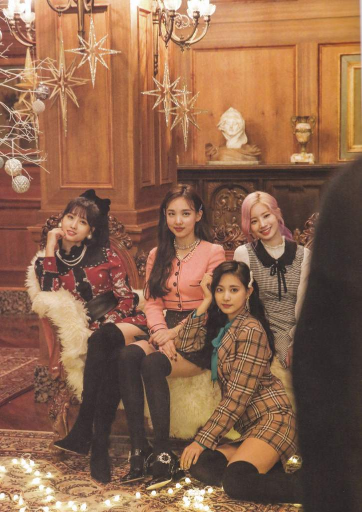 SCAN] The Year Of Yes Monograph Jacket Shooting - Twice | Twice (트