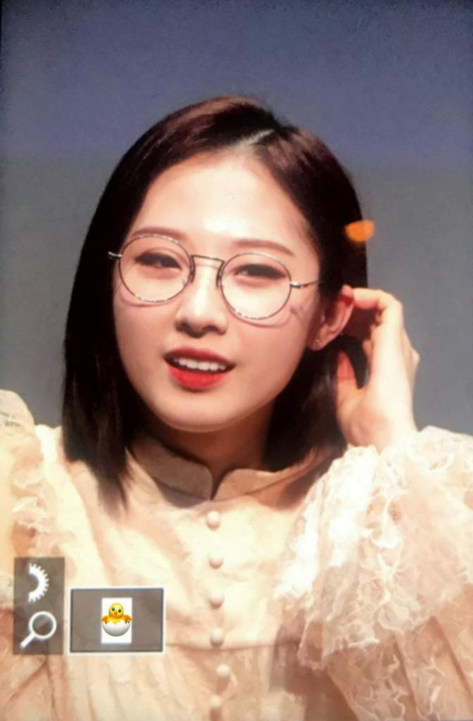 Short Hair Haseul With Glasses Oh My God ㅠㅠ Loopd Amino